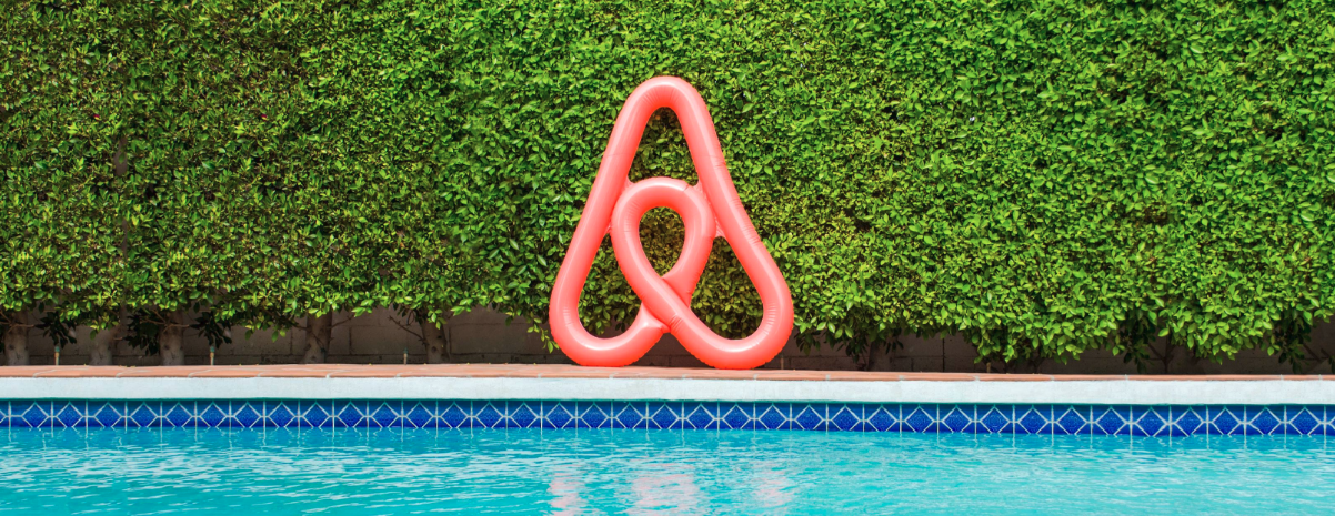 Airbnb raises $1B round at $31B valuation, likely further delaying